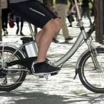 Rower w objęciach elektryki