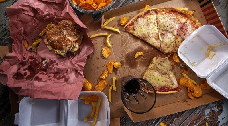 niezdrowe jedzenie a watroba
